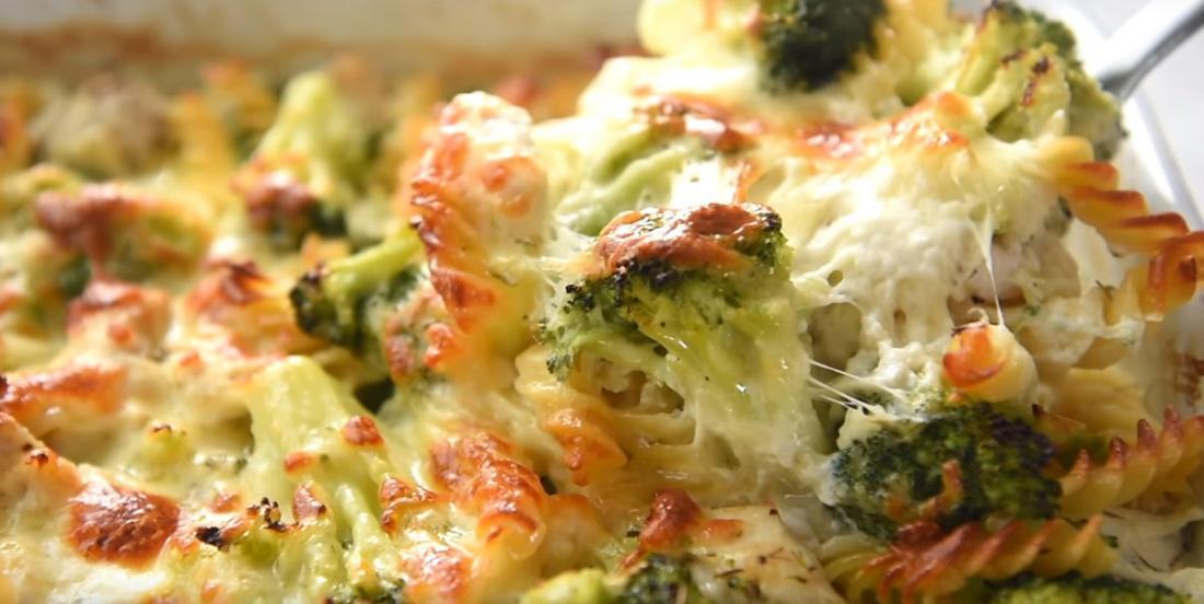 Casserole de poulet et de brocoli, le plat parfait à cuisiner quand vous manquez de temps