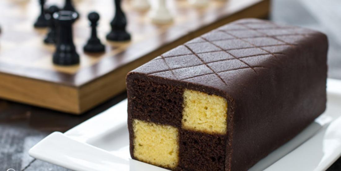 Audacieux gâteau chocolat-amandes, bien mieux qu'un gâteau marbré!