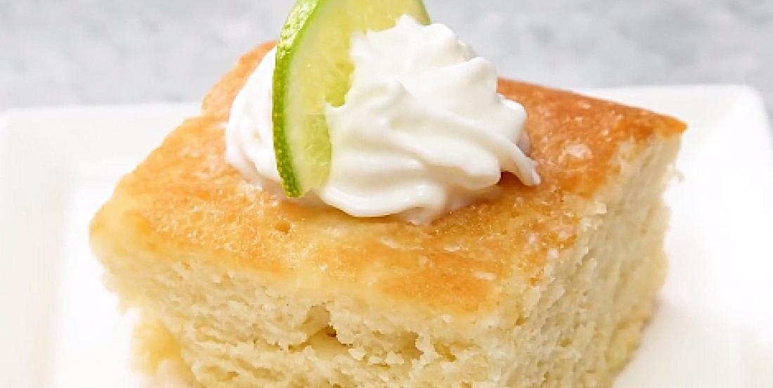 Gâteau moelleux à saveur de margarita citron-lime à la tequila