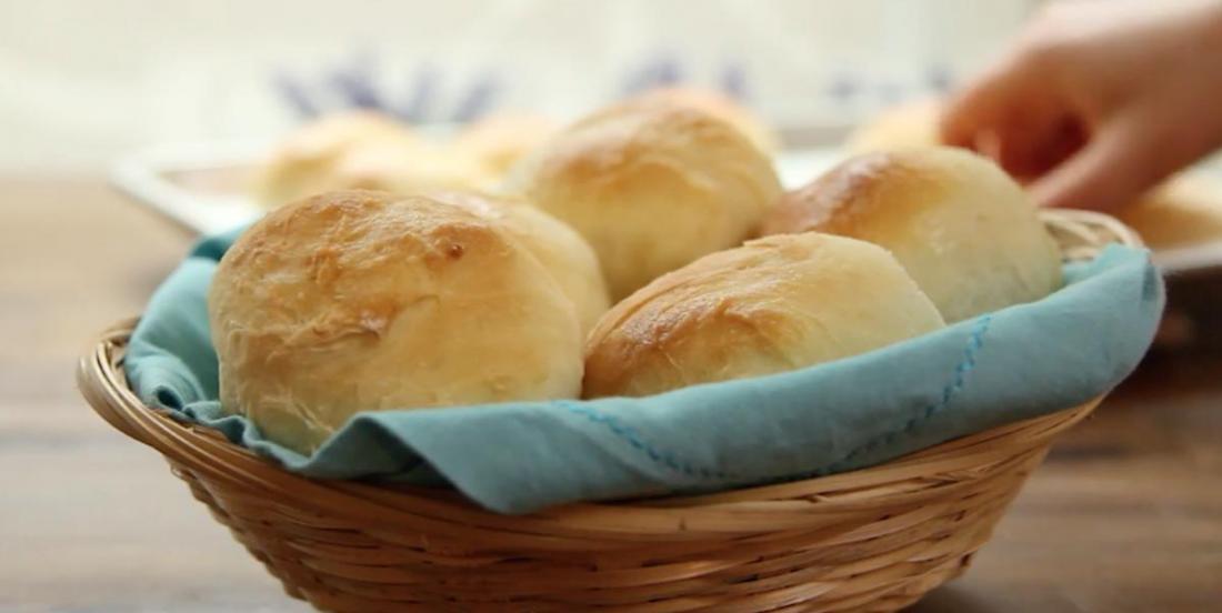 Petits pains chauds tout droit sortis du four