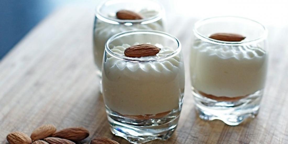 Que 4 ingrédients et sans cuisson... Ce dessert facile aux amandes saura vous faire plaisir!