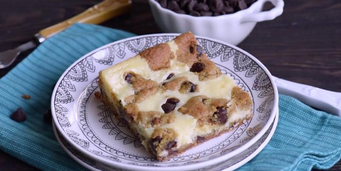 Barres au cheesecake et pâte à biscuits