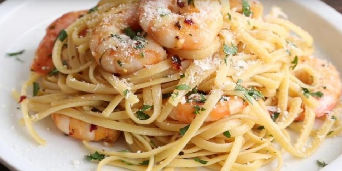 Préparez un excellent plat de linguini aux crevettes en quelques étapes faciles