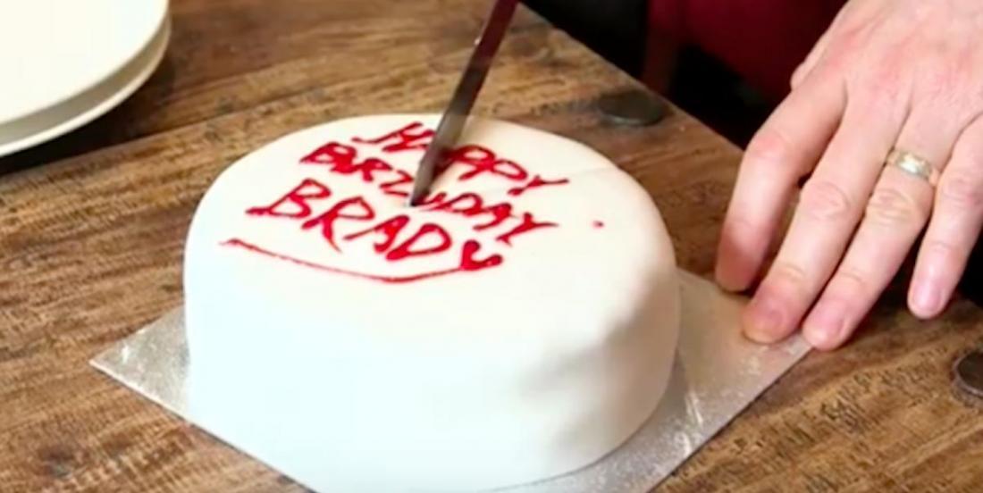 LA seule et unique façon de couper un gâteau rond