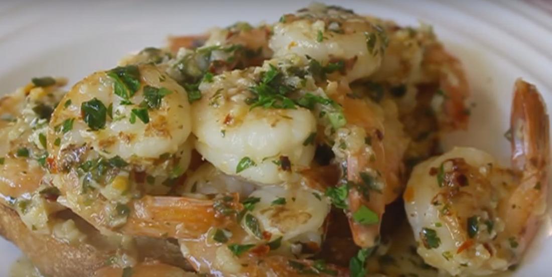 Crevettes à l'ail qui se cuisinent en un rien de temps