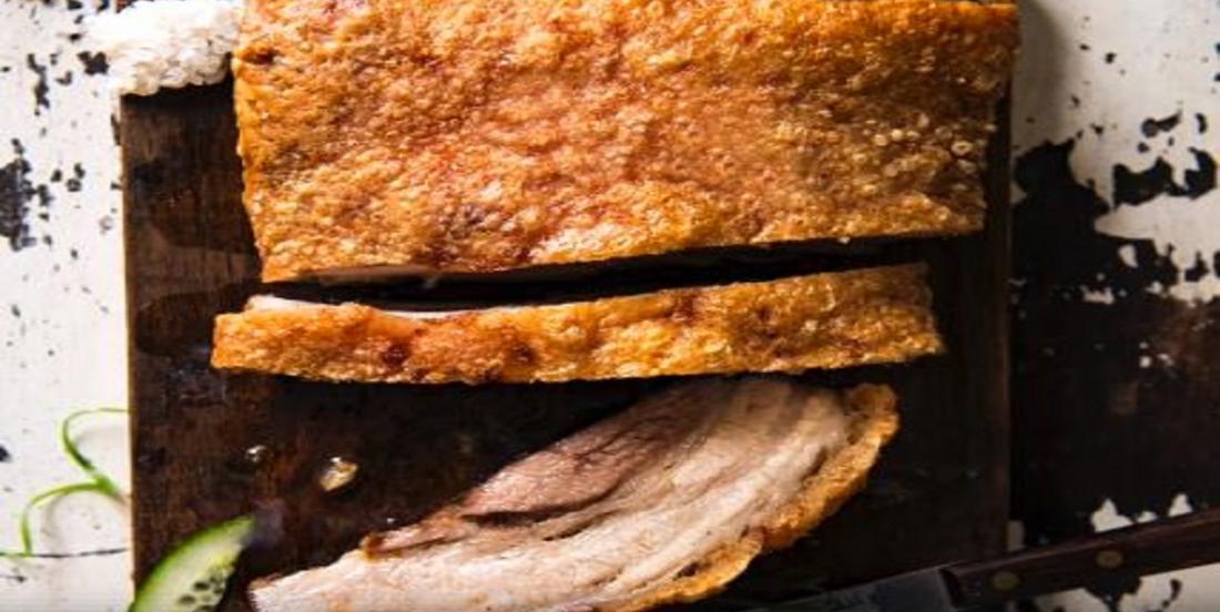 Porc en croûte de sel cuit à point