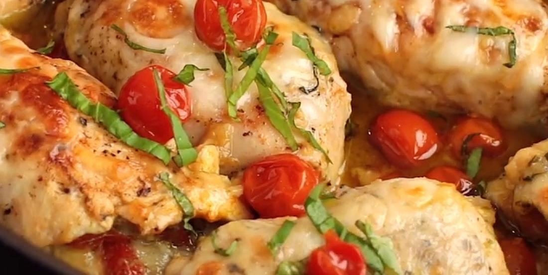 Roulés de poulet au pesto et aux tomates sucrées