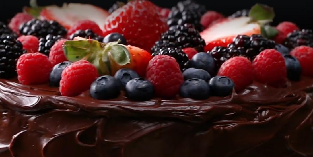 Gâteau au chocolat 100% végan, sans produits laitiers, ni oeufs