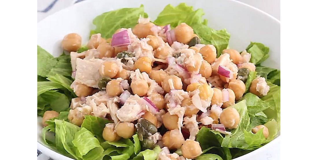 Salade au thon et aux pois chiches prête en 5 minutes