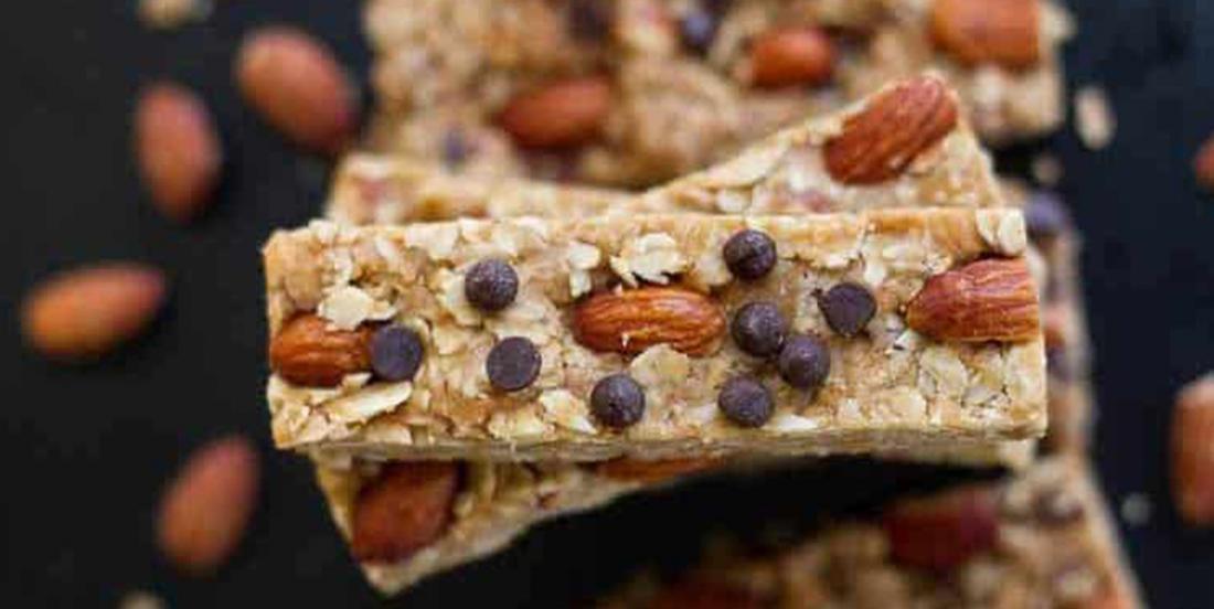 Recette de barres granola énergisantes et sans cuisson