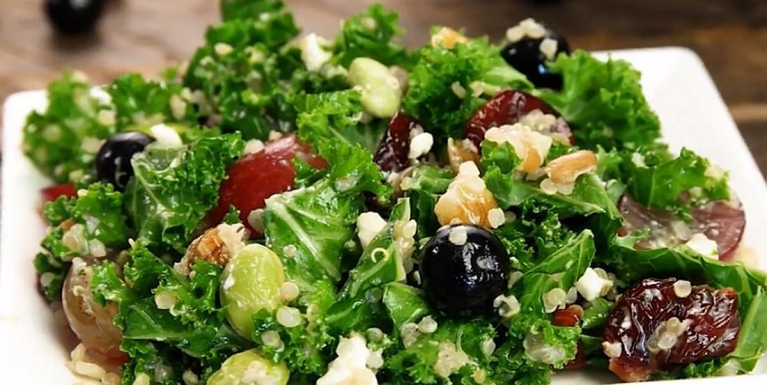Salade colorée aux 12 superaliments