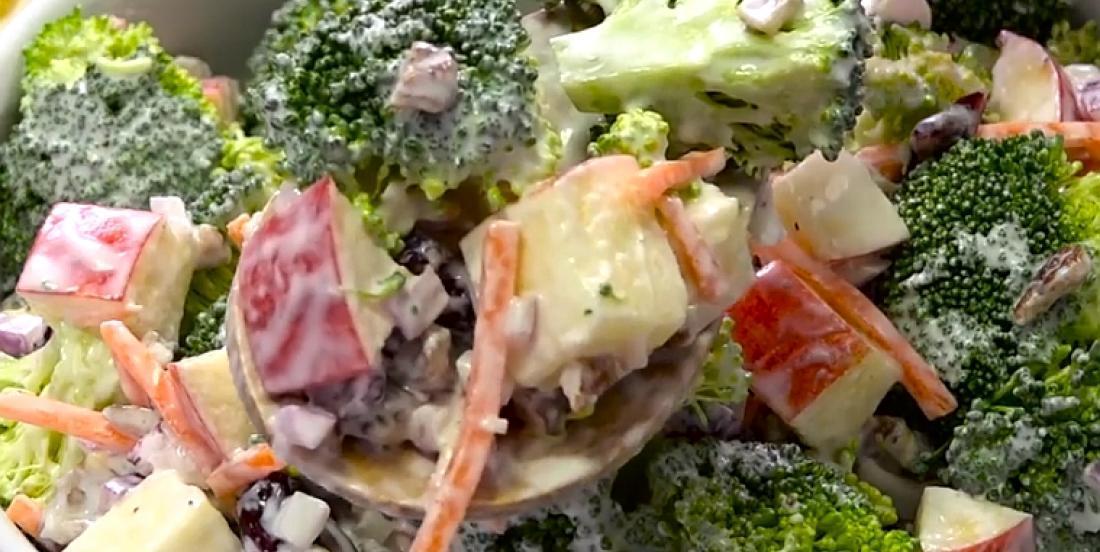Salade croquante et crémeuse pomme-brocoli