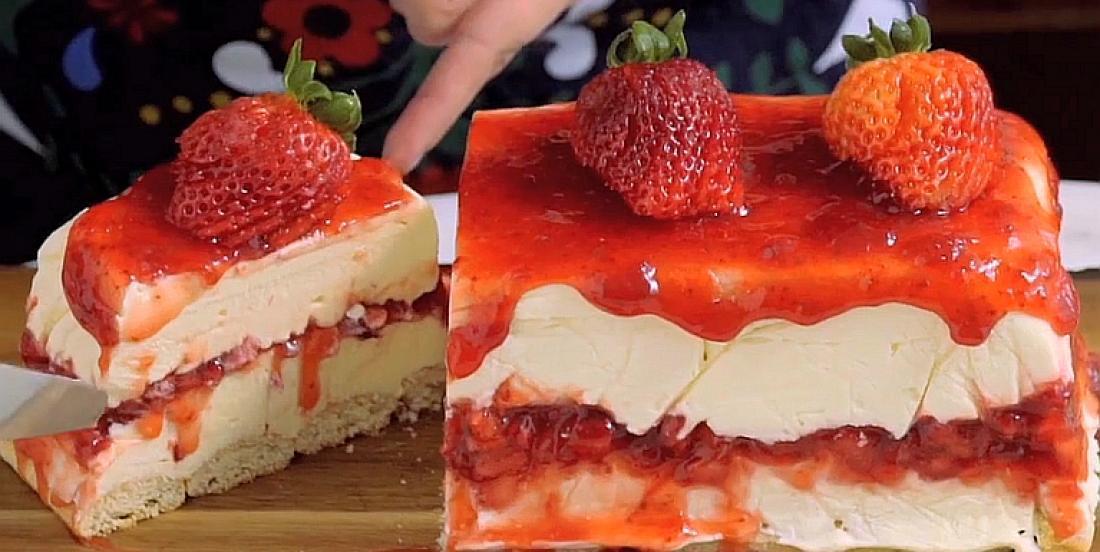 Gâteau au fromage au chocolat blanc et aux fraises