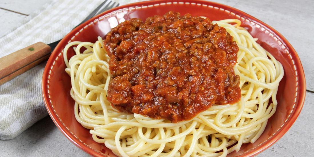 Sauce bolognaise à la mijoteuse qui cuit toute la journée