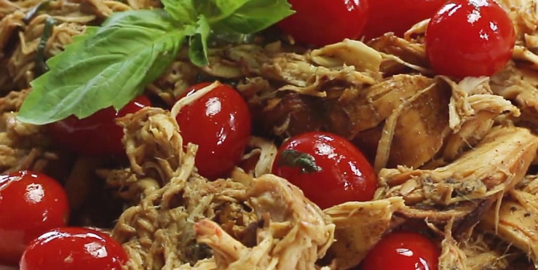 Poulet effiloché basilic-tomate à la mijoteuse