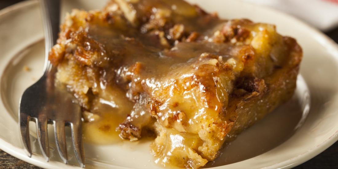 Pouding au pain à la tarte aux pommes au caramel