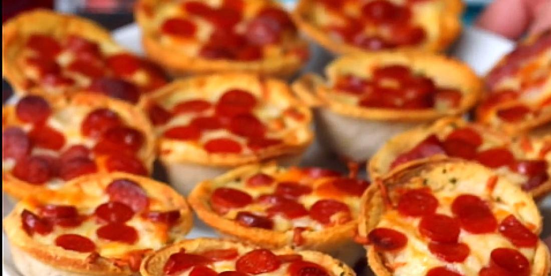 Bouchées de pizza sur pain à l'ail, un véritable péché mignon