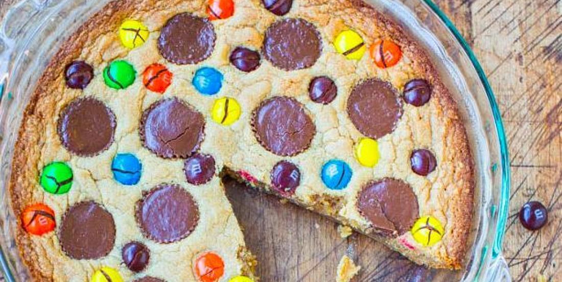 Tarte-biscuit au beurre d'arachides et au chocolat prête en cinq minutes!