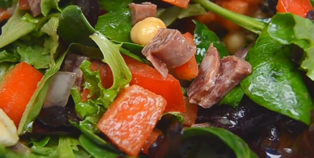Salade fraîcheur à l'italienne et vinaigrette balsamique maison