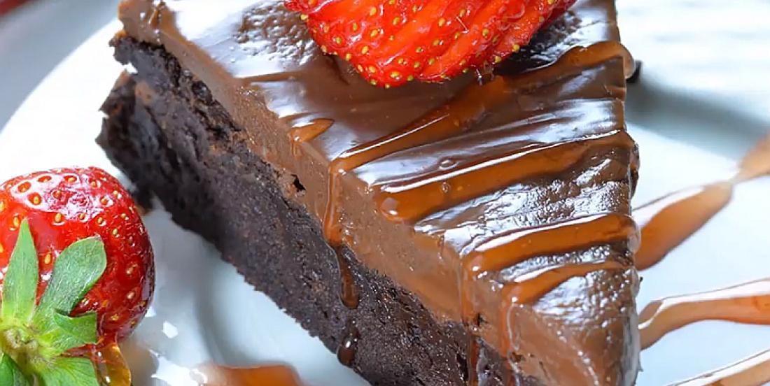 Gâteau-fudge au chocolat sans farine