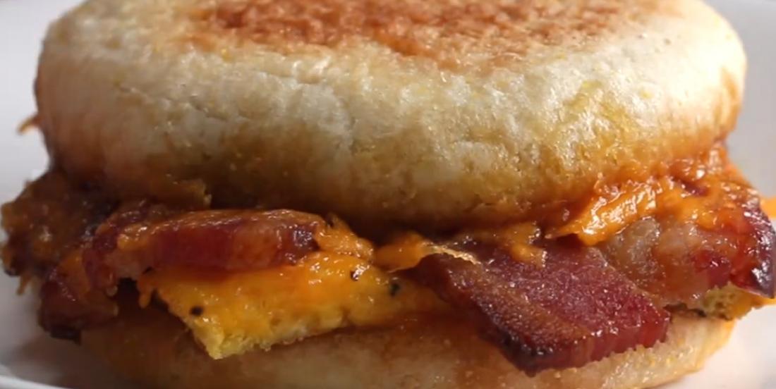 Sandwichs déjeuners pour matins pressés
