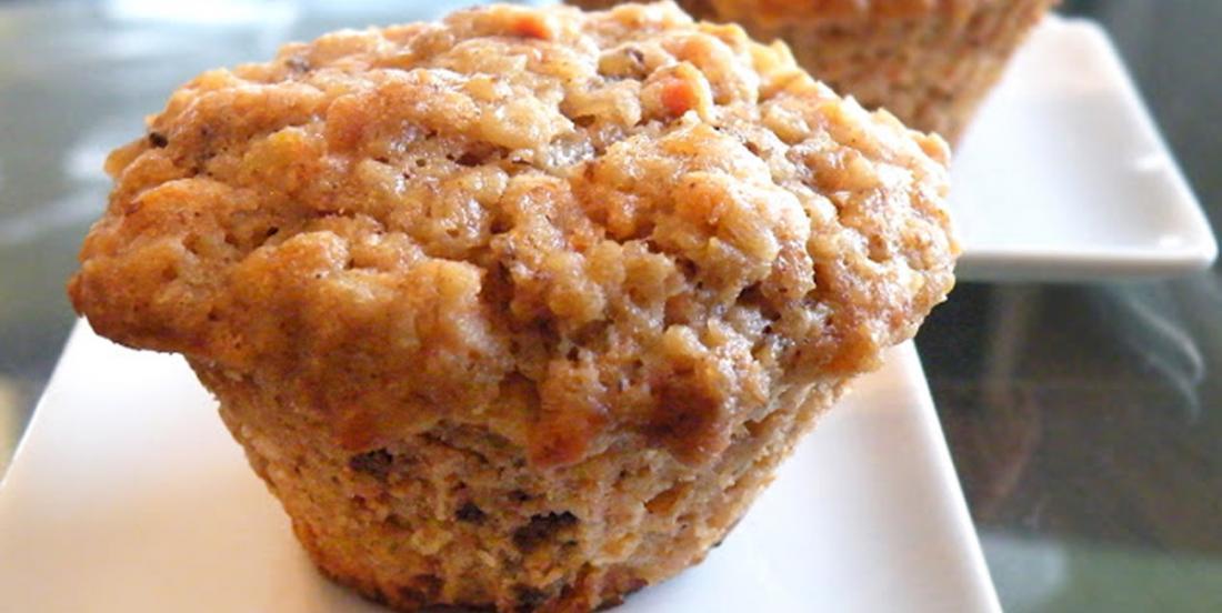 Muffins à l'avoine, aux carottes et à la compote de pommes