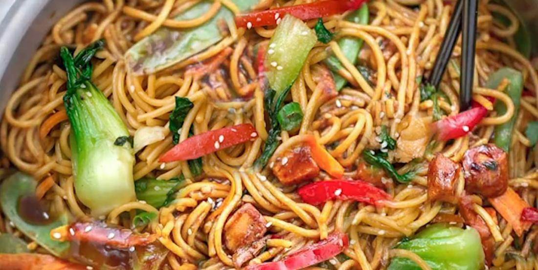 La meilleure recette de lo mein au poulet