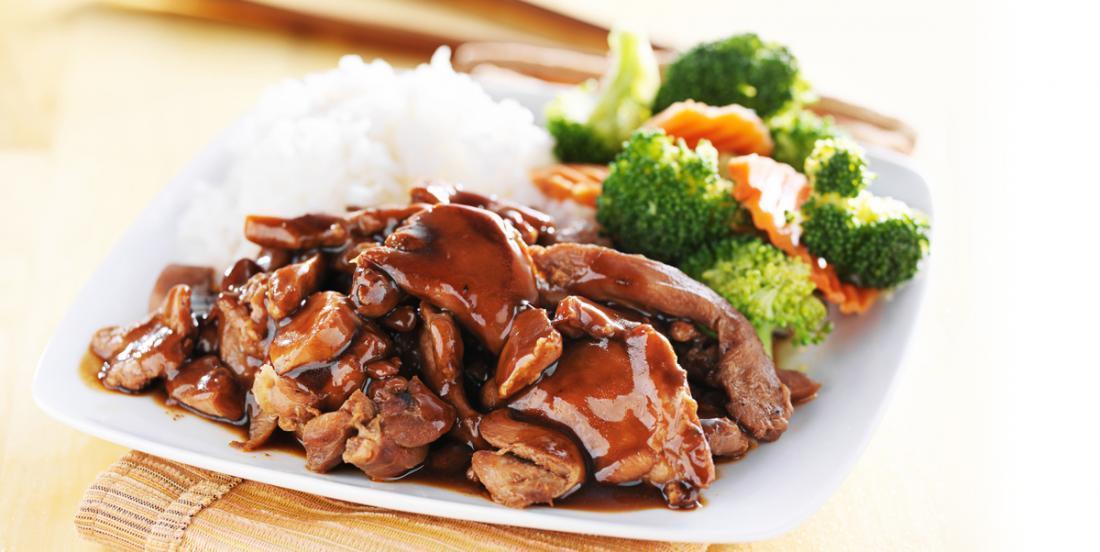 À vos mijoteuses! Ce poulet à la cassonade est un plat fantastique pour les familles occupées!