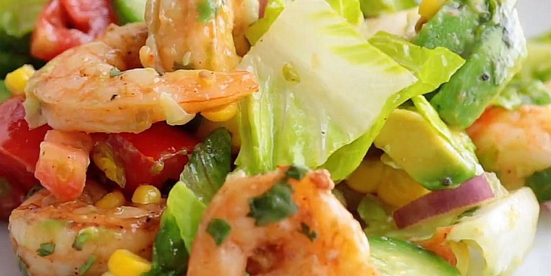 Salade fraîcheur aux avocats et aux crevettes