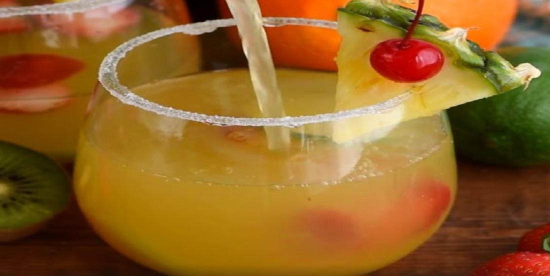 Margarita-sangria à base de vin blanc aromatisé à l'ananas