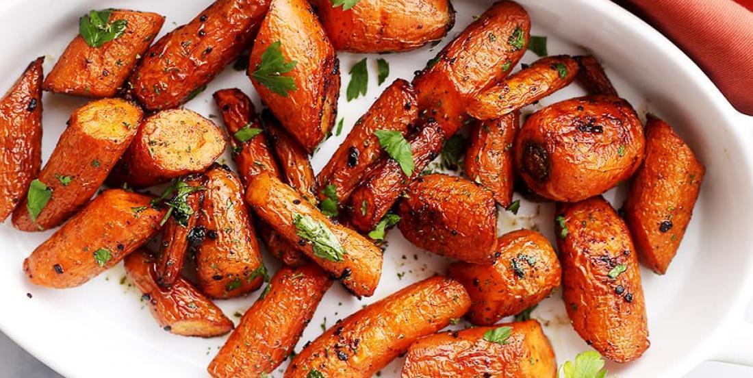 La meilleure recette de carottes grillées au beurre à l'ail