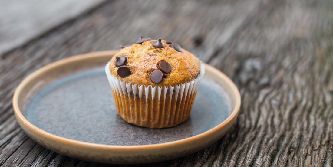 Muffins aux bananes et pépites de chocolat faibles en matières grasses