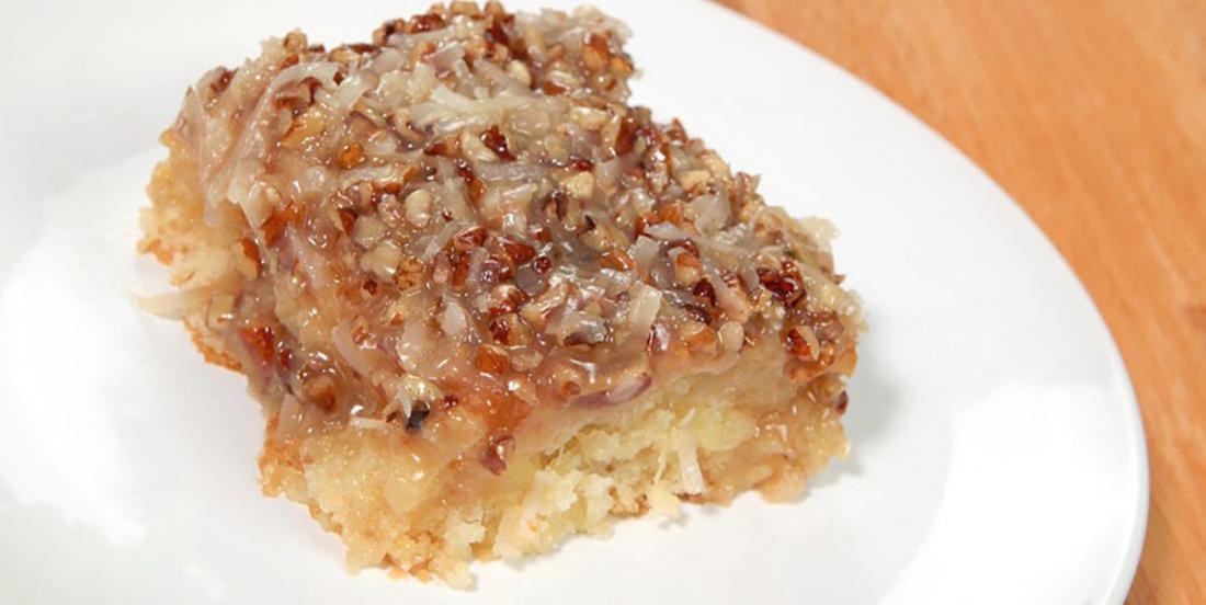 Gâteau aux ananas, à la noix de coco et aux pacanes