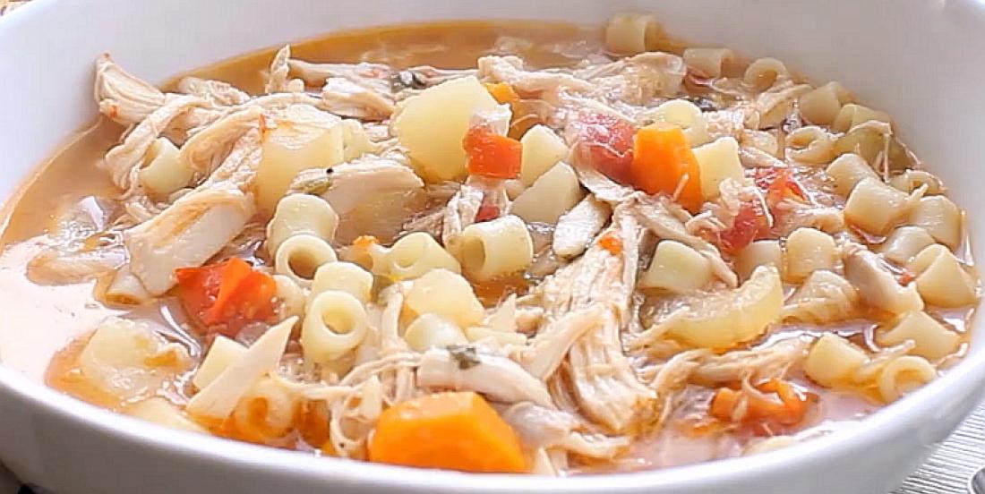 Soupe sicilienne au poulet qui réchauffe le coeur