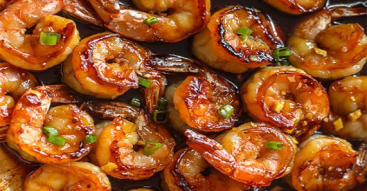 Crevettes sautées au miel et à l'ail