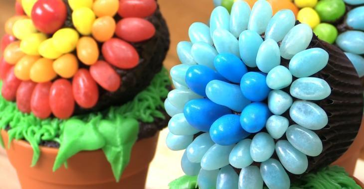 Ces cupcakes en forme de fleurs se prêtent à toutes les occasions