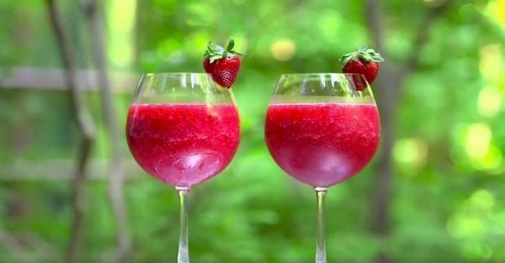 Slush à la fraise et au vin rosé