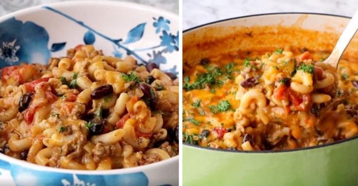 Un deux-en-un savoureux: macaroni au fromage et chili aux fèves et à la viande